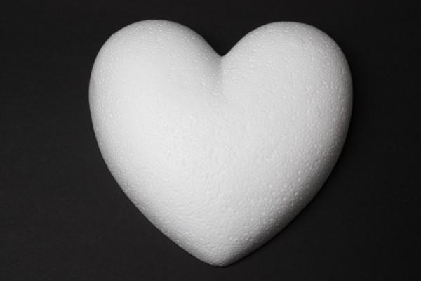 Styropor-Herz, weiß, 9 cm, flach