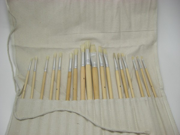Borstenpinsel-Sets, 18-teilig, mit Pinseltasche