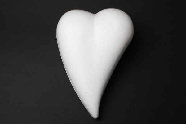 Styropor-Herz, weiß, Tropfenform, Vollform, 20 x 14 cm