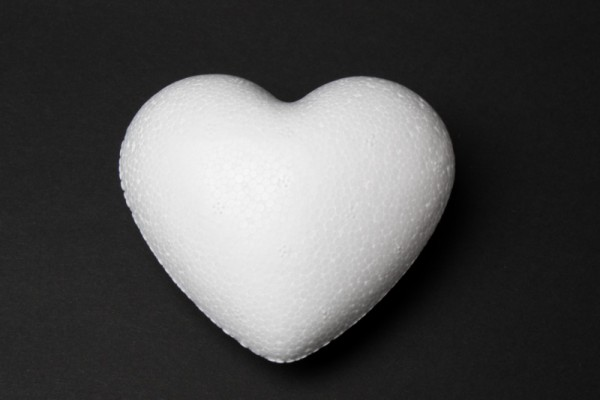 Styropor-Herz, weiß, Vollform, 15 cm